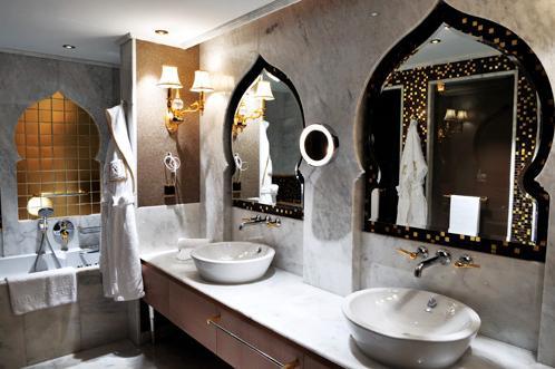 ванная комната в отеле «Mardan Palace»