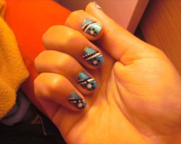 шилак цвета на ногтях