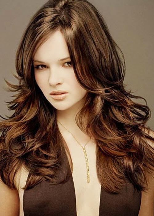 Объемные стрижки на длинные волосы - 7