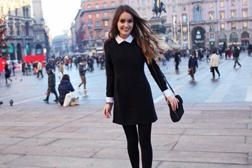 колготки под черное платье и черные туфли