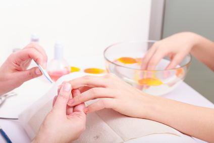 сколько можно носить нарощенные ногти не обновляя их