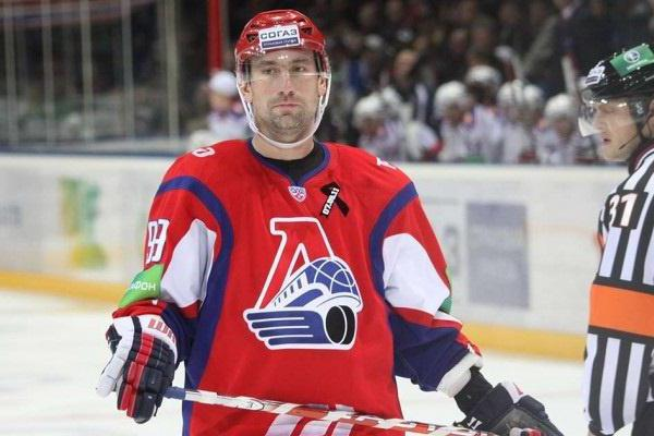 александр гуськов хоккей