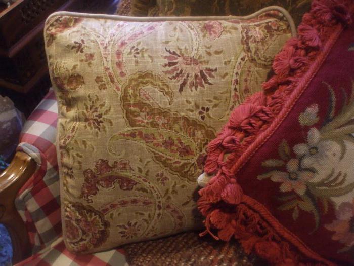история возникновения подушки