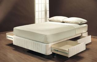 кровать с 4 ящиками внизу