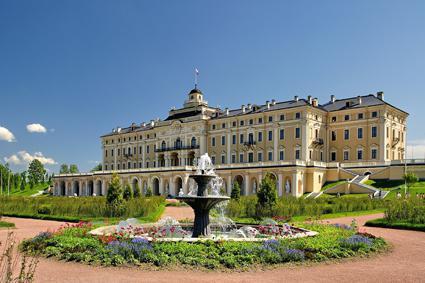 константиновский дворец в стрельне