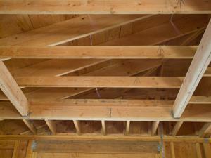 Как правильно сделать потолок в бане