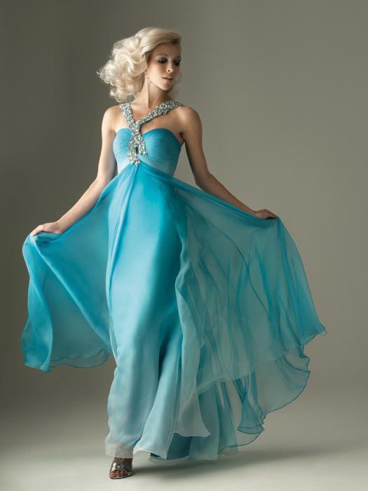 С чем сочетается бирюзовое платье 91