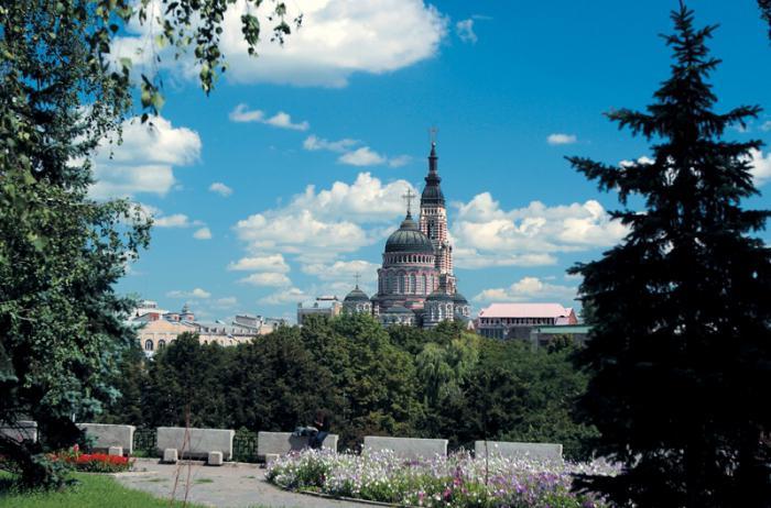 История Благовещенского собора (Харьков). Служба в Благовещенском…