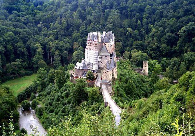 Замок эльц германия где находится