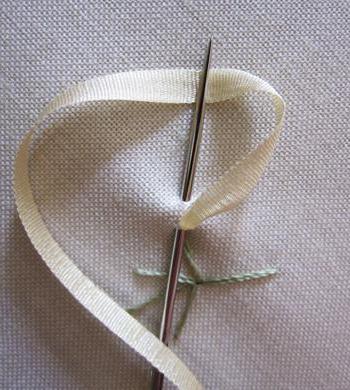 как научиться вышивать лентами мастер класс