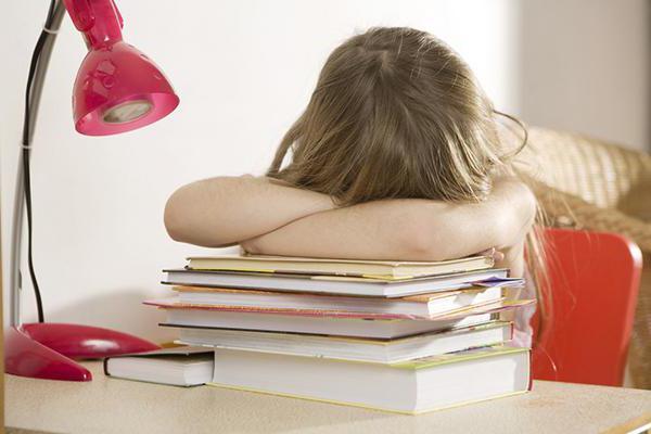 как приучить ребенка делать уроки самостоятельно