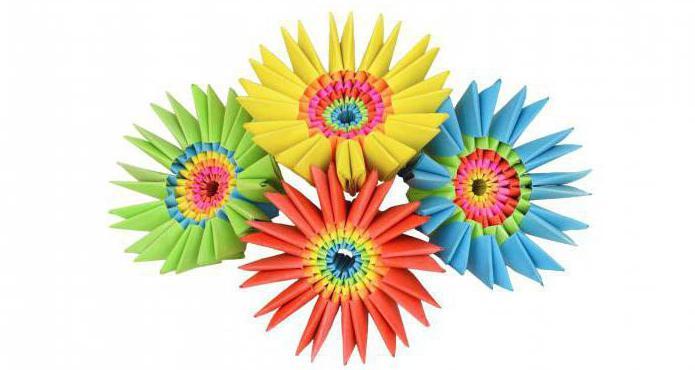 оригами из треугольных модулей цветы