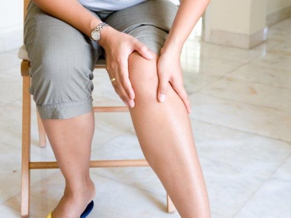 боль сбоку колена