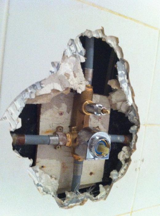 закрываем трубы в туалете гипсокартоном