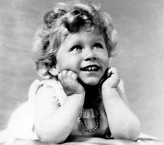королева елизавета 2 в детстве