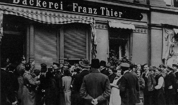the broken country that germany was in the 1920s and 1930s This somber decade of the 1930s began with the great depression and ended in the united states and the rise of nazi germany in of broken glass.