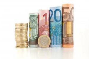 Вкладывать ли деньги в евро