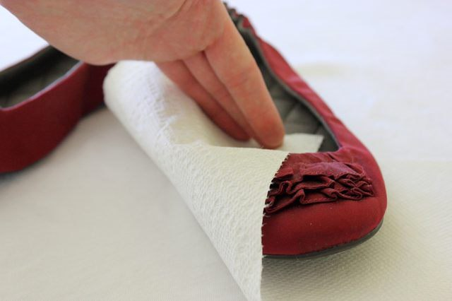 Как избавиться от скрипа обуви при ходьбе? Почему скрипит обувь