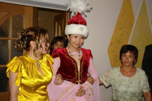 казахская свадьба как проходит