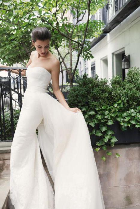Свадебное платье в стиле прованс. Украшения и букет невесты