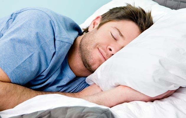 мужчине снится родинка