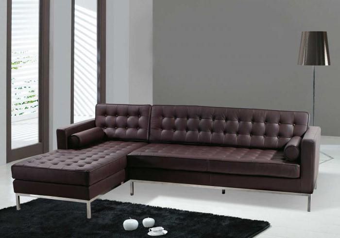 диван в современном интерьере