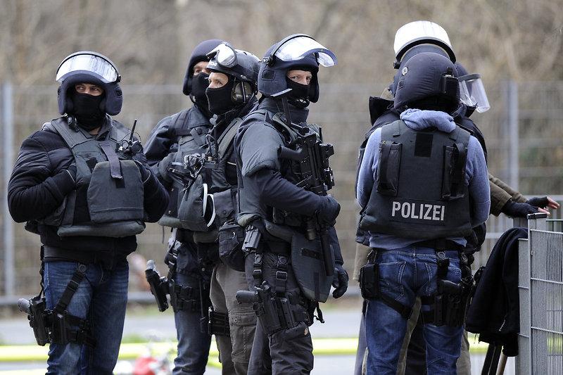 Спецназ полиции секс