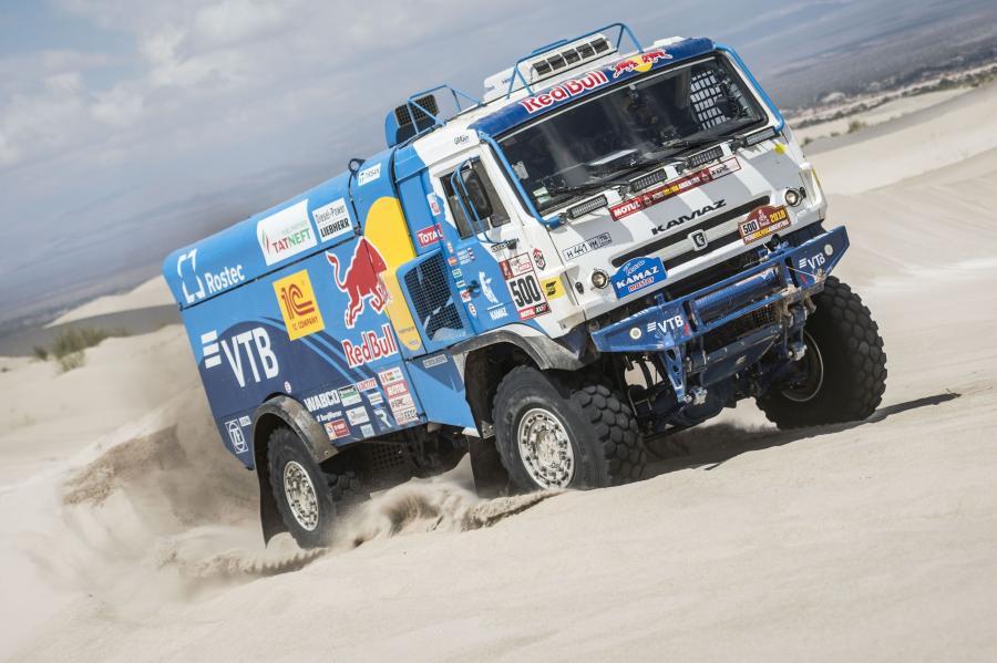 КАМАЗ-4326 в пустыне