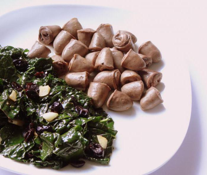 Куриные сердечки тушеные в сметане: рецепт изготовления