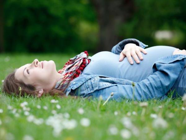 Тонус матки при беременности, 1 триместр: симптомы, лечение