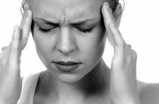 сильные боли при месячных причины и лечение