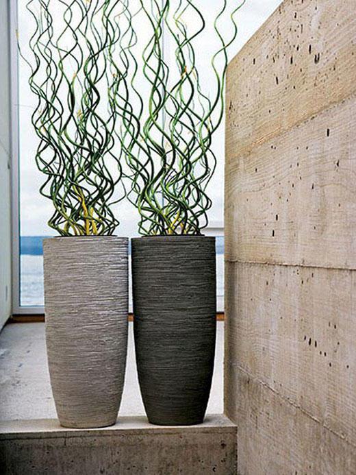 вазы напольные пластиковые высокие