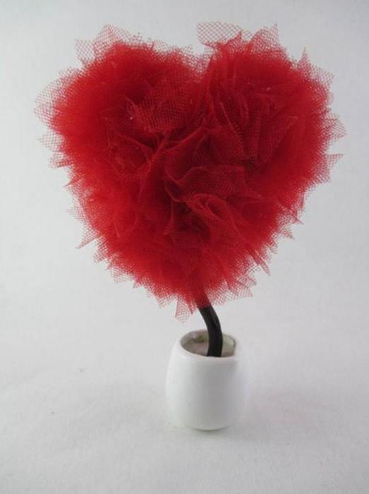 топиарий красное сердце без оформления