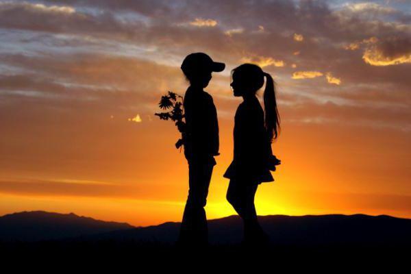 """В чем разница между """"нравится"""" и """"люблю""""? Развитие отношений"""