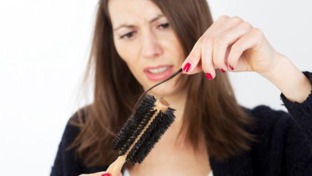 из чего состоит человеческий волос
