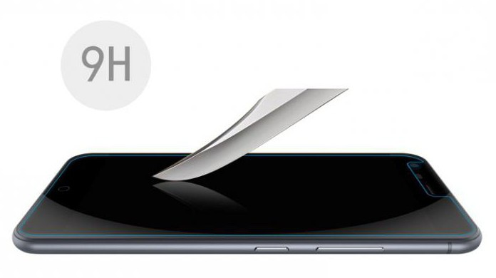 защитная пленка или защитное стекло на смартфон