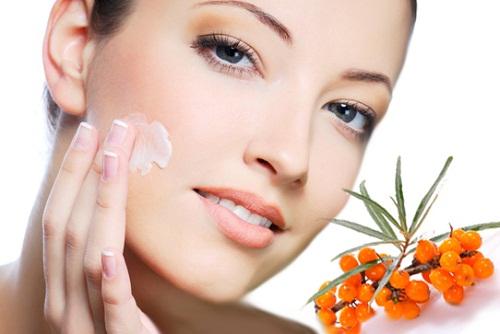 Облепиховое масло для лица от морщин: отзывы, способы применения, результаты. Масло облепихи: полезные свойства и противопоказания