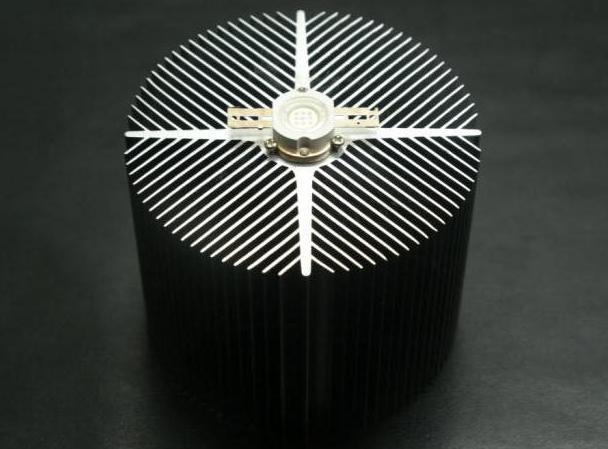 Радиатор охлаждения для светодиодов