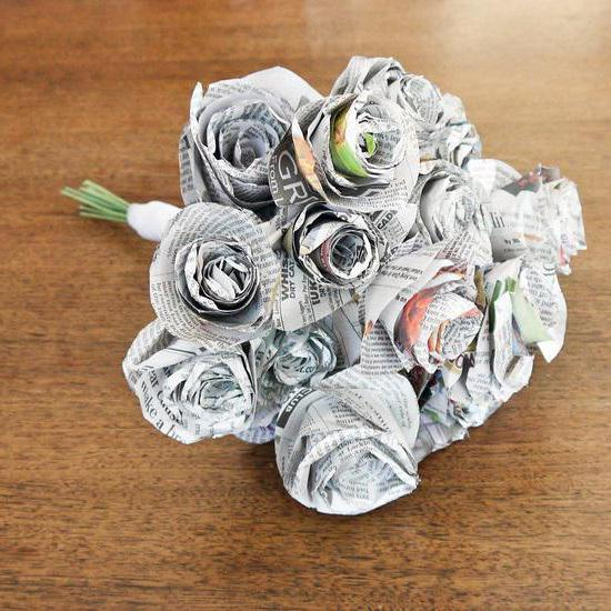 роза из газеты