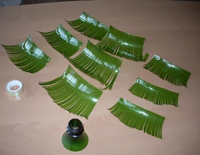 грива для ослика из пластиковых бутылок