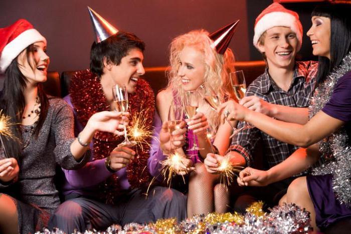 поздравление коллег с новым годом в прозе