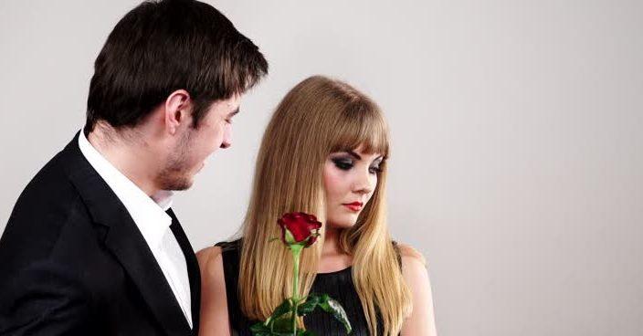 Роза для девушки