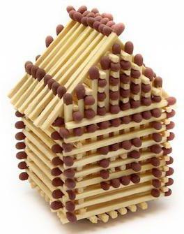 Строим домик из спичек без клея