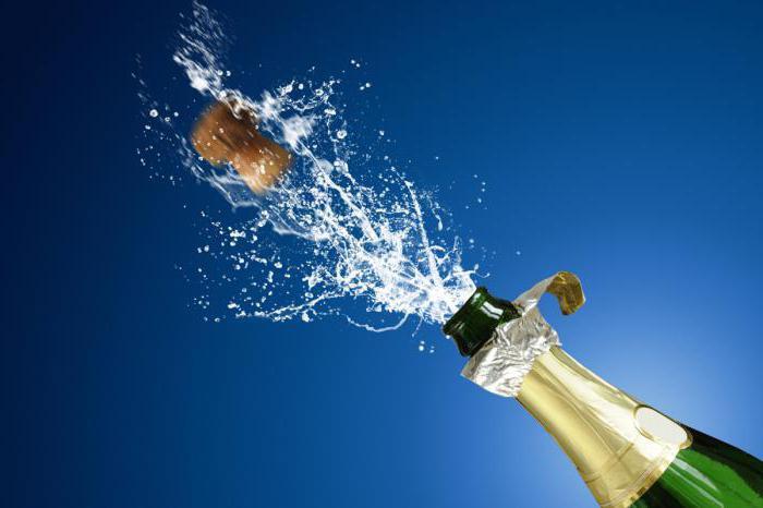 Как открыть шампанское, если пробка сломалась? Какая пробка в бутылке шампанского?