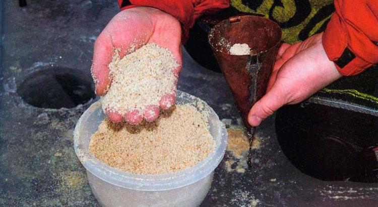 Рецепты прикормки для ловли плотвы зимой