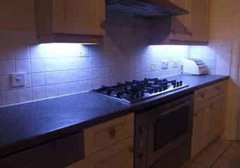 Диодная подсветка на кухне
