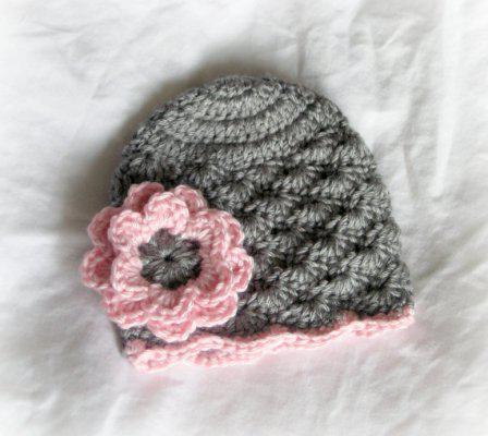 Ажурная весенняя шапочка для девочки крючком: схема, фото
