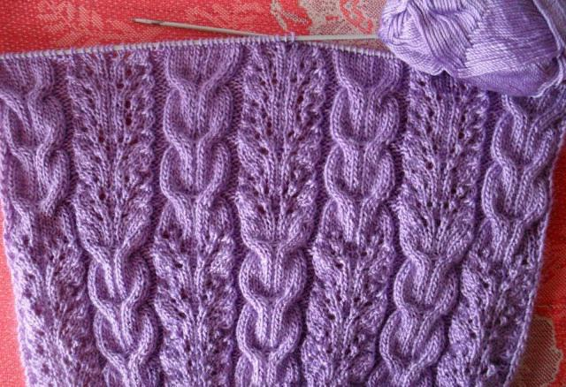 Вязание шарфа спицами.
