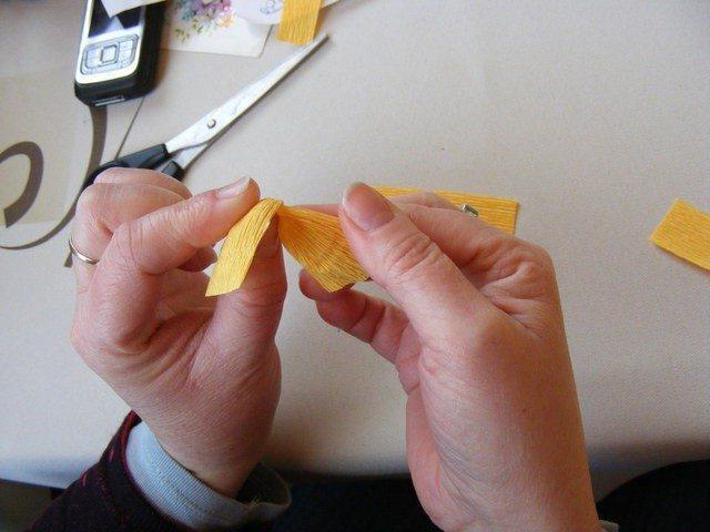 как сделать подснежники из конфет