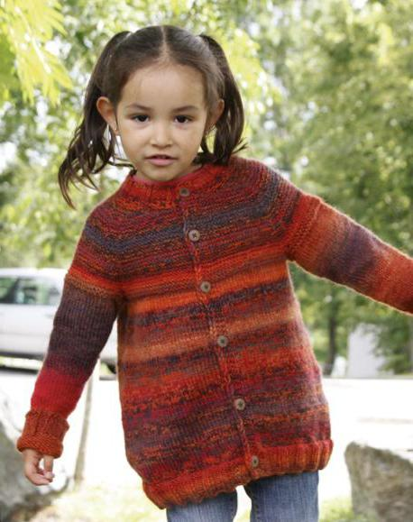 Вязанные кофты для детей